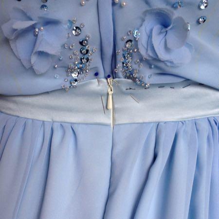Back waist zip